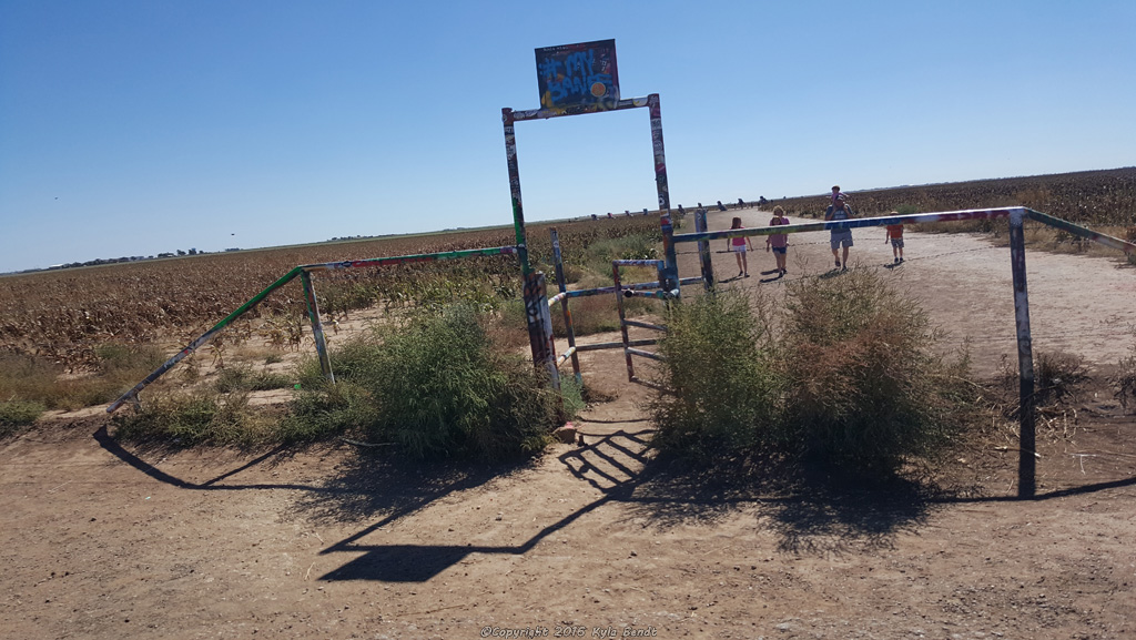 The entrance to Cadillac ranch
